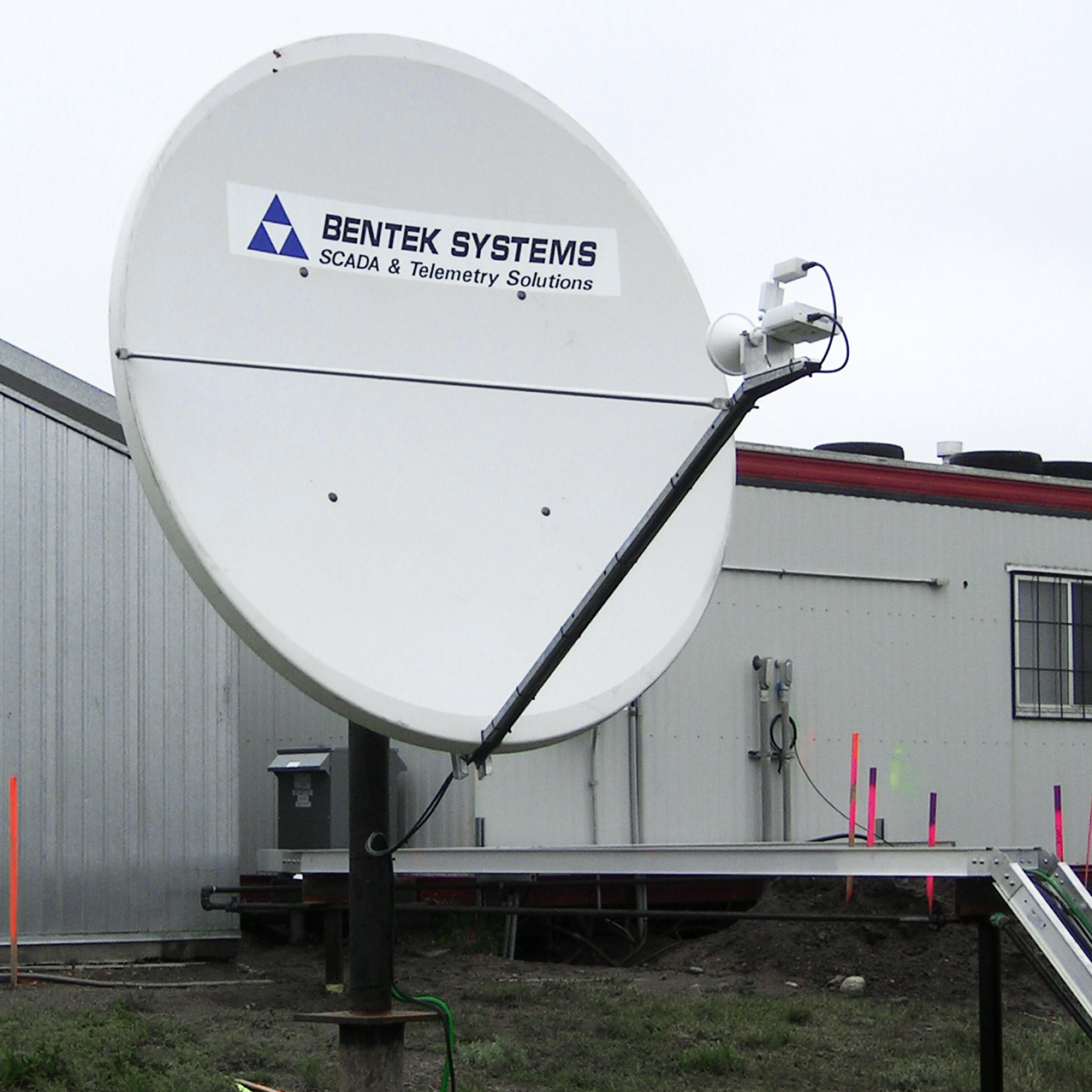 VSAT Satellite Dish